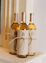 wine wedding favors 5 wedding favours your guests will want to hold on to no