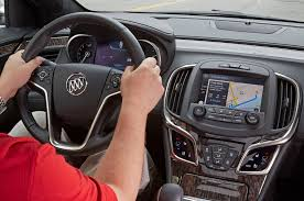 nissan altima apple carplay buick gmc introduce apple carplay on 2016 models motor trend wot