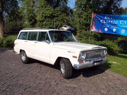 classic jeep wagoneer file 1969 jeep wagoneer photo 2 jpg wikimedia commons