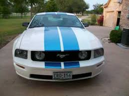 Black Mustang With Green Stripes White Mustang Gt With Blue Stripes Youtube