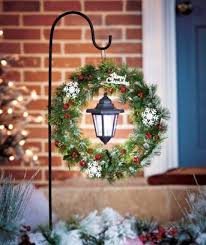 Outdoor Hanging Christmas Decorations Best 25 Christmas Yard Decorations Ideas On Pinterest Outdoor