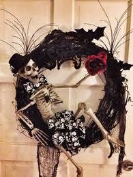 Halloween Skull Decorations Halloween Skeleton Wreath Skeleton Wreath Trick Or Treat Wreath