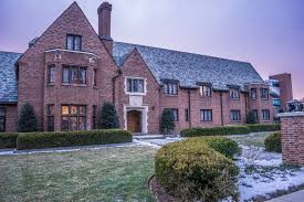 beta theta pi members must vacate fraternity house after spring