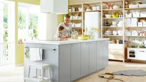 fabriquer hotte cuisine cuisine bien choisir la hotte aspirante à mettre au dessus de