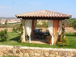 giardini con gazebo appartamento con giardino per 6 persone in golfo aranci 6345096