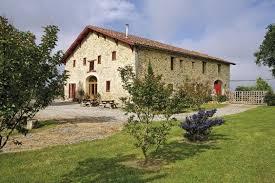 chambres d hotes pyr s atlantiques chambres d hotes au pays basque dans ferme de caractère à came