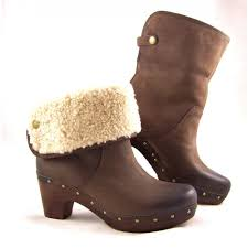 ugg boots on sale womens womane boots s ugg lynnea clog boots in chocolate leather