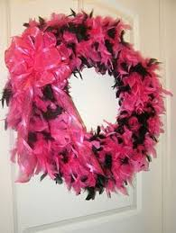 i want a pink feather xmas tree come holiday season uh awesome