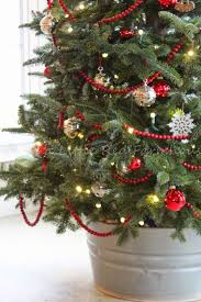 small tree decorationsed artificial