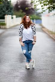 vive les rondes vide dressing destroy jeans t shirt blanc et monsieur chat
