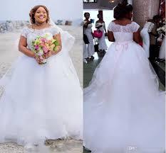 plus size lace ball gown wedding dresses long train appliqued