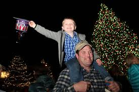 l l bean helps light up the holidays in freeport u2013 the forecaster
