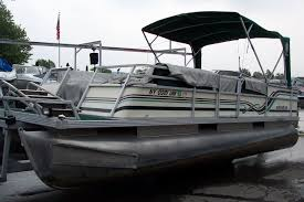 100 pontoon boat manufacturers 2018 lowe pontoon boats