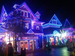 christmas light show pigeon forge tn top 3 unforgettable shows to see in pigeon forge at christmas