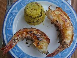 cuisiner une langouste queues de langoustes grillées recettes astuces et déco