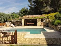 cuisine d été sud luberon villa piscine et cuisine d été cabrières d aigues