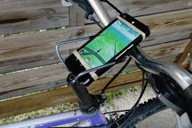 how to build a diy bicycle smartphone mount for pokémon go