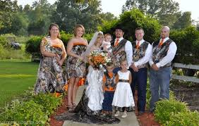 themed weddings pics of camouflage themed weddings