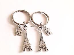 breloque tour eiffel love paris tour eiffel porte clés ou collier meilleurs amis