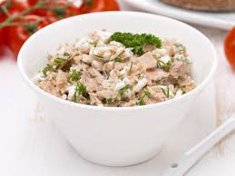 Cottage Cheese Recepies by Cottage Cheese With Spicy Tuna Recipe And Nutrition Eat This Much