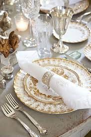 Christmas Table Settings Ideas Christmas Table Ideas Decorating With Silver And Gold