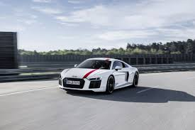 2018 audi r8 rws tries to tempt drivers with rwd at frankfurt