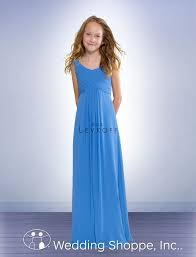 what is a junior bridesmaid the duties u0026 dresses