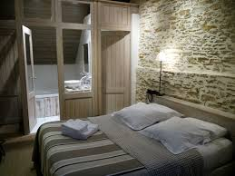 salle de bain dans une chambre pour ou contre la salle de bain ouverte sur la chambre