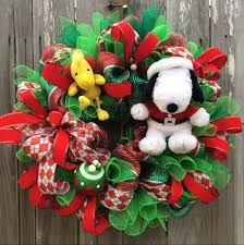 Snoopy Christmas Office Decorations by Peaceful Inspiration Ideas Snoopy Christmas Decor Contemporary