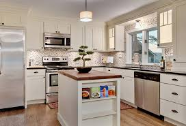 white kitchen cabinets rubbed bronze hardware choosing the right hardware for your kitchen cabinets