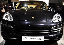 porsche cayenne platinum edition 2014 porsche cayenne platinum edition launch in india 2014 motors india