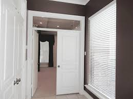 Transom Window Above Door 13711 Vintage Centre Dr Houston Tx 77069 Har Com