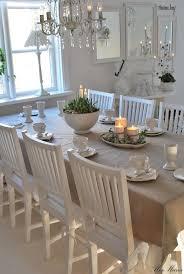 best 25 swedish decor ideas on pinterest scandinavian design vitt hus med vita knutar dukat i all sin enkelhet