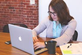 Who Is A Professional Secretary Tips On How To Set A Professional Tone With Email Experience