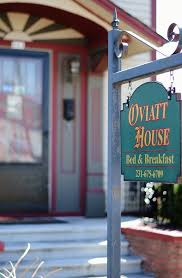 Bed And Breakfast Traverse City Mi The Oviatt House Downtown Traverse City Bed U0026 Breakfast
