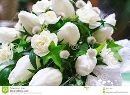 fleurs blanches mariage bouquet de mariage des fleurs blanches photo stock image 41047972