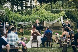 romantic outdoor ceremony in umbria1 umbria wedding and events