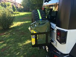 Non Intrusive Jerrycan Mount On A Jeep Jk No Cutting Driling