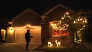 philips hue christmas lights amp up your christmas light show with holiday hacks wsj