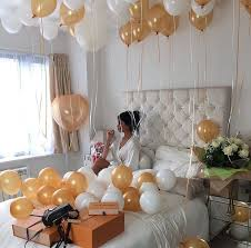 bae flowers and balloon at 66 best balloons images on balloons globe decor and