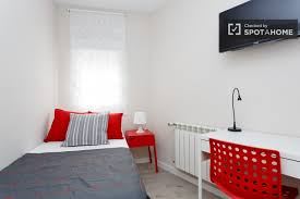 4 Bedroom Apt For Rent 4 Bedroom Accommodation In Apartments Rooms Student Housing And