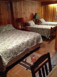 Sand Point North Shore Cottage Lake Huron VRBO - Amazing north shore bedroom set property