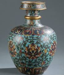 Antique Chinese Vases For Sale A Guide To Chinese Porcelain Vase Shapes Artnet News