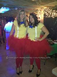 Tweedle Dee And Tweedle Dum Costumes Diy Disney Halloween Costume Round Up Easy Diy Disney Costumes