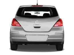 nissan tiida hatchback 2014 2009 nissan versa reviews and rating motor trend