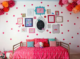 a kailo chic life gallery wall wednesday madeline s pink polka gallery wall wednesday madeline s pink polka dot room