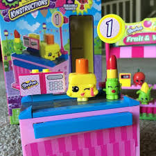 the shopkins kinstructions checkout style 2 top toys