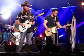 dierks bentley brother cma fest 2017 country u0027s hottest tv special highlights people com