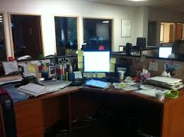your messy coworker are they lazy or creative employment metrix