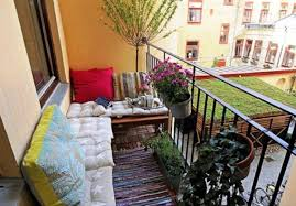 Apartment Patio Decorating Ideas by Small Balcony Decorating Ideas The Safety Balcony Decorating